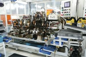 自動車部品生産用(自動溶接治具・装置)製作の例~1